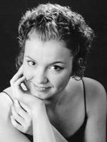 Amandine Savary, piano